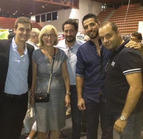Au Parnasse, avec de droite à gauche de l'image : Stéphane TORTAJADA, premier secrétaire fédéral du PS gardois, le champion Nadir Benaïssa, Sébastien Gros, chef de cabinet de Manuel Valls, ainsi que Nicolas Cadène.