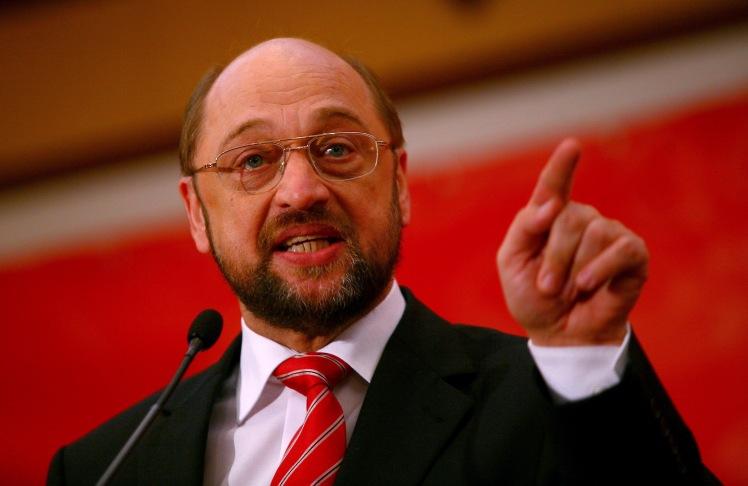 Martin Schulz, liderul grupului socialist din P.E, participa la mitingul electoral organizat de PSD Sector 2, in Bucuresti