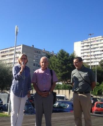 Aux côtés de Bernard AUZON-CAPE, Conseiller général du 6ème canton de Nîmes et Raouf AZZOUZ, Directeur de l'association Mille Couleurs